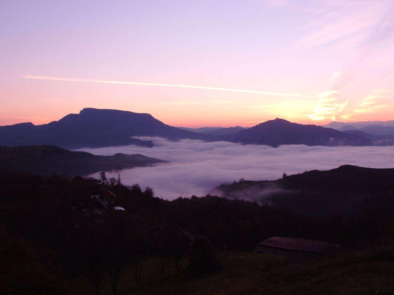 meditatie-dumbrava-vulcan-morning